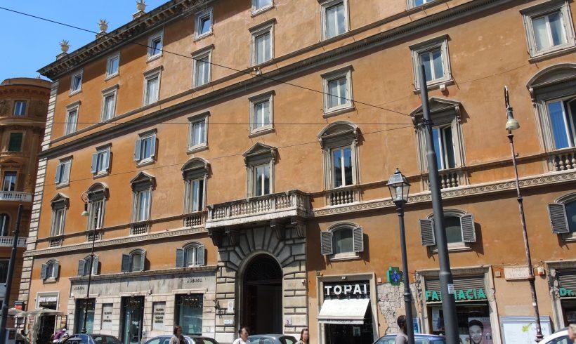 ROMA – Largo Arenula, 34