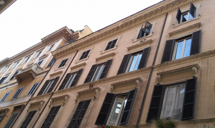 ROMA – Via della Mercede, 52